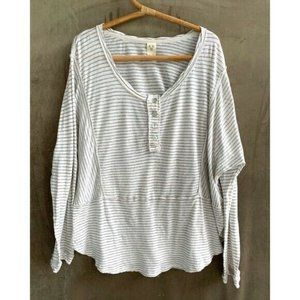 We the Free M striped Ivory Swing Top Blouse Knit